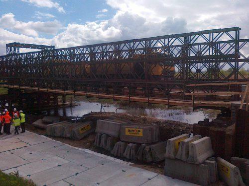 próbne obciążenie mostu / L.17-003 tymczas Warta Intop Tbg