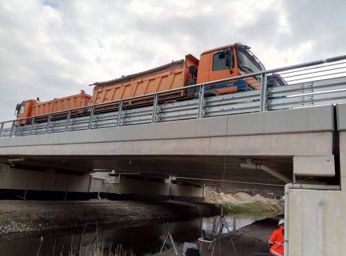 próbne obciążenie mostu / L.17-046 S11 obwodnica Szczecinka Eurovia