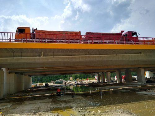 próbne obciążenie mostu / L.19-014-015 S17 w. Lubelska - Kołbiel Strabag