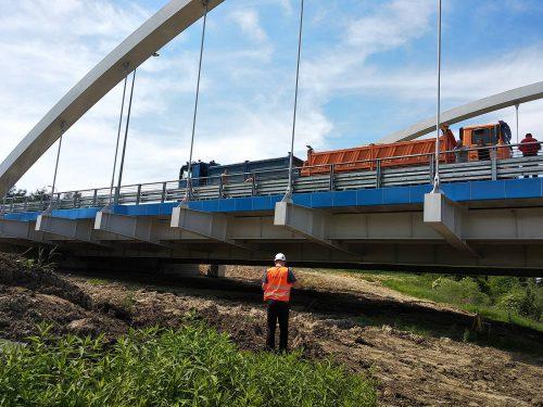 próbne obciążenie mostu / L.19-023 obw. Skawiny Etap II MostSopot