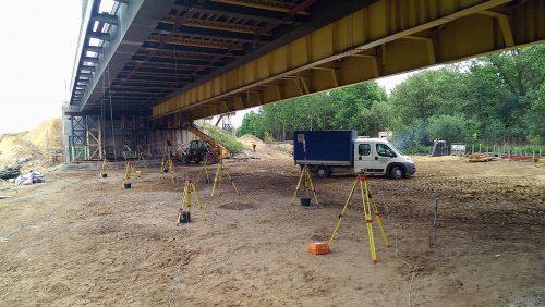 próbne obciążenie mostu / Próbne obciążenia dynamiczne do200 kmh dla modernizacji Centralnej Magistrali Kolejowej