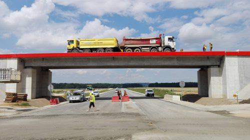 próbne obciążenie mostu / Próbne obciążenia obiektów dla budowy obwodnicy Nysy