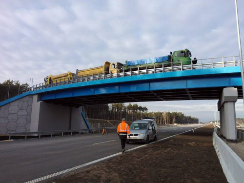próbne obciążenie mostu / Próbne obciążenia obiektów mostowych dla budowy autsotrady A1 (odcinek Kowal - Toruń)
