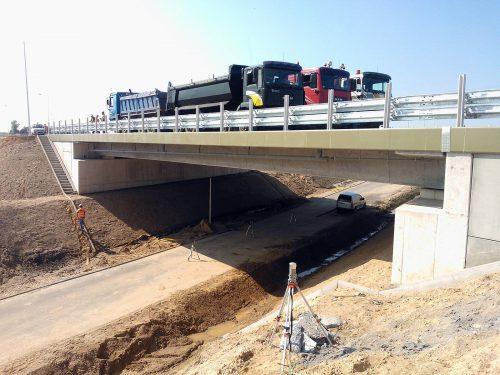 próbne obciążenie mostu / Próbne obciążenia obiektów mostowych dla budowy obwodnicy Augustowa