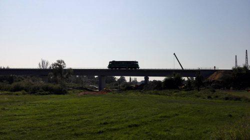 próbne obciążenie mostu / Próbne obciążenie mostu granicznego nadNysą Łużycką wciągu linii kolejowej Bielawa Dolna - Horca